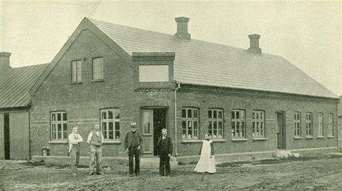 Gredstedbro Brugsforening i 1903. Foto: Jernved Sognearkiv.